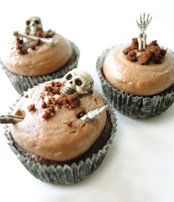 Recipe Tip Of The Week Gelatin Poke Cake additionally Halloween Cupcake Ideas in addition 402931497902842108 moreover Diy Food Drink moreover My Sexy Black Cat Costume. on cool halloween cupcakes